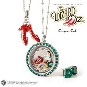 WIZARD OF OZ COLLECTOR SET Locket/Earring/Necklace